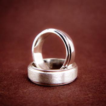 แหวนคู่ แหวนเงินเกลี้ยง ขอบแหวนลดระดับ #2