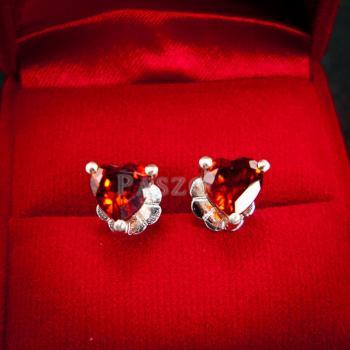 ต่างหูพลอยโกเมน สีแดงก่ำ รูปหัวใจ #2