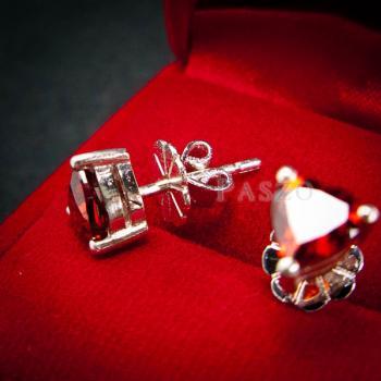 ต่างหูพลอยโกเมน สีแดงก่ำ รูปหัวใจ #3