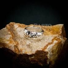 แหวนตอกลายค้อน หน้ากว้าง8มิล แหวนเงินแท้ แหวนหน้าโค้ง แหวนเกลี้ยง