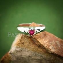 แหวนทับทิม แหวนเงิน กรอบรูปหัวใจ พลอยทับทิม พลอยสีแดง แหวนพลอยทับทิม
