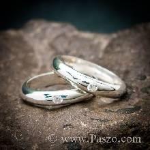 ชุดแหวนคู่รัก แหวนเงินเกลี้ยงหน้าโค้ง หน้ากว้าง 4 มิล ฝังเพชร 1 เม็ด