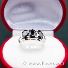 แหวนนิล  เม็ดรี ฝังเรียง 3 เม็ด  แหวนเงินแท้  ฝังพลอยนิล อัญมณีสีดำ