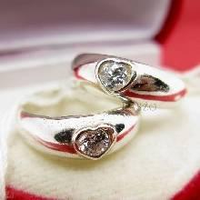 แหวนเงินคู่รัก แหวนรูปหัวใจ ฝังเพชร แหวนเงินแท้่ 925