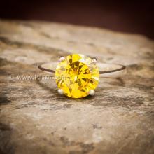 แหวนบุษราคัม แหวนพลอยสีเหลือง เม็ดเดี่ยว แหวนเงินแท้ พลอยเม็ดกลม เกาะพลอยแบบหนามเตย