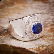 แหวนไพลิน แหวนผู้ชาย ล้อมเพชร แหวนเงินแท้ 925 แหวนทรงสี่เหลี่ยม
