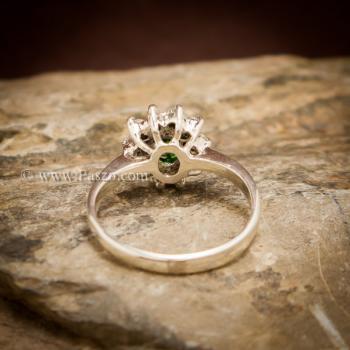 แหวนพลอยสีเขียว ล้อมเพชร พลอยมรกต #3