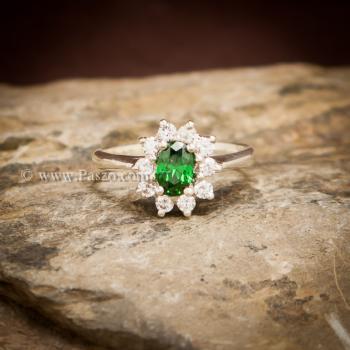 แหวนพลอยสีเขียว ล้อมเพชร พลอยมรกต #6