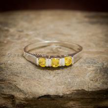 แหวนพลอยสีเหลือง แหวนบุษราคัม 3เม็ด แหวนเงินแท้ ฝังพลอยสีเหลือง บุษราคัม เม็ดกลม แหวนขนาดเล็ก