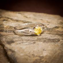 แหวนบุษราคัม แหวนพลอยสีเหลือง เม็ดกลม เม็ดเดี่ยว แหวนเงินแท้ แหวนขนาดกลาง