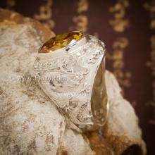 แหวนมังกร ฝังบุษราคัม ล้อมเพชร แหวนผู้ชายเงินแท้ แหวนผู้ชาย