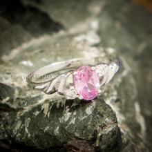 แหวนพลอยชมพู แหวนเงินแท้ ฝังพิงค์โทพาส พลอยสีชมพู ประดับเพชร