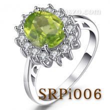 แหวนพลอยเพอริดอท แหวนล้อมเพชร แหวนเงินแท้ พลอยสีเขียว