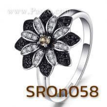 แหวนดอกเยอบีร่า แหวนดอกไม้ นิล เพชร ควอตซ์ แหวนเงินแท้
