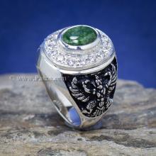 แหวนหยก แหวนพญาครุฑ แหวนผู้ชายเงินแท้ ฝังหยกแท้ พญาครุฑ รมดำ แหวนผู้ชาย