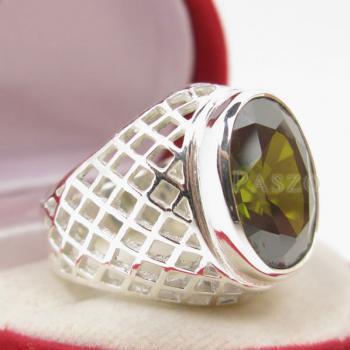 แหวนพลอยเขียวส่อง พลอยสีเขียวมะกอก แหวนพลอยผู้ชายฉลุลาย #5