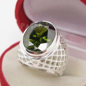 แหวนพลอยเขียวส่อง พลอยสีเขียวมะกอก แหวนพลอยผู้ชายฉลุลาย #8