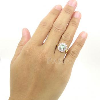 แหวนพลอยสีเขียว พลอยมรกต ล้อมเพชร #4