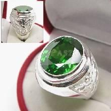 แหวนพลอยสีเขียว แหวนผู้ชาย แหวนผู้ชายเงินแท้ แหวนมังกร พลอยมรกต