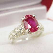 แหวนทับทิม แหวนเงินแท้ ฝังพลอยสีแดง บ่าแหวนฝังเพชร