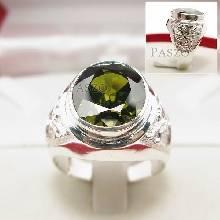 แหวนมังกร แหวนพลอยเขียวส่อง แหวนผู้ชายเงินแท้ แกะสลักมังกร แหวนเงิน