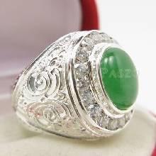 แหวนหยกสำหรับผู้ชาย ล้อมเพชร แหวนผู้ชายเงิน แหวนแกะลายไทย แหวนผู้ชาย