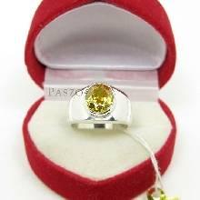 แหวนผู้ชาย แหวนพลอยบุษราคัม ตัวเรือนแหวนเงินแท้
