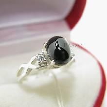 แหวนนิลแท้ เจียรหลังเบี้ย บ่าข้างแหวนฝังเพชร ตัวเรือนแหวนเงินแท้925