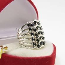 แหวนเกลียวคลื่น แหวนเงิน ฝังนิลแท้ ตัวแหวนลายเกลียวคลื่น