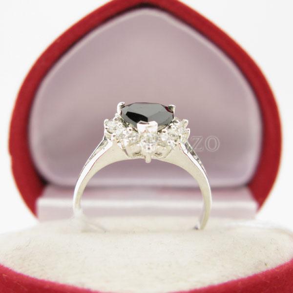 แหวนเงิน ฝังนิลแท้ รูปหัวใจ #4