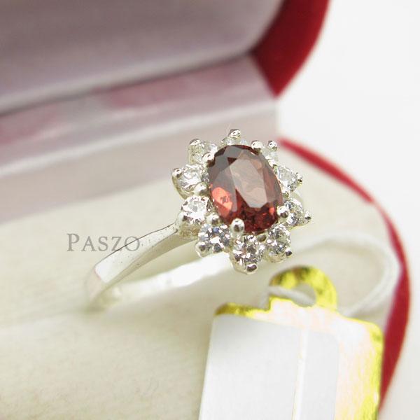 แหวนพลอยโกเมน พลอยสีแดงอมส้ม ล้อมเพชร #3