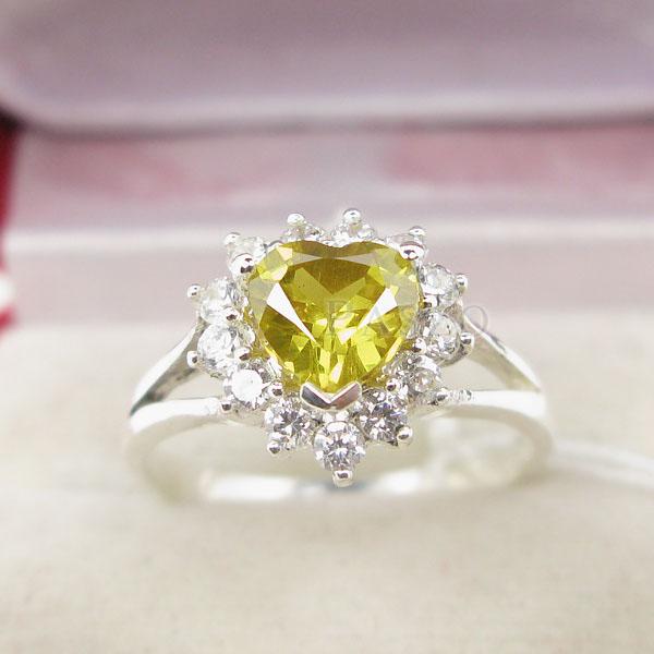 แหวนบุษราคัม พลอยสีเหลือง หัวใจ #2