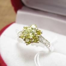 แหวนพลอยเพอริดอท พลอยสีเขียวน้ำมะนาว เขียวอ่อน ประดับเพชร ตัวแหวนเงินแท้ 925