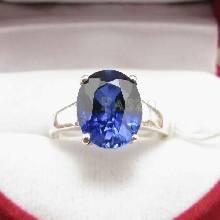 แหวนพลอยไพลิน พลอยสีน้ำเงิน เม็ดเดี่ยว แหวนเงินแท้ แหวนรุ่นใหญ่