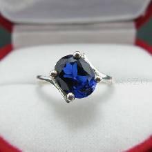 แหวนไพลิน แหวนเงิน พลอยไพลิน พลอยสีน้ำเงิน แหวนเงินแท้ ฝังพลอยไพลิน