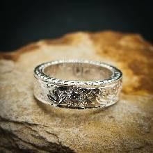 แหวนเพชร แกะสลักลายไทยรอบวง แหวนเงินฝังเพชร