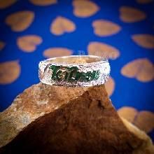 แหวนลงยาสีเขียว แหวนนามสกุล แหวนเงินแท้ หน้ากว้าง7มิล ลงยาอักษรสีเขียว แหวนแกะลายไทย