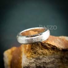 แหวนขอบลดระดับ หน้ากว้าง4มิล ปัดด้าน แหวนเงินแท้ แหวนเกลี้ยง