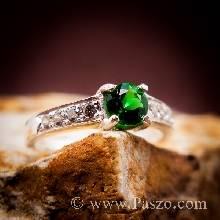 พลอยสีเขียว แหวนมรกต เม็ดกลม บ่าฝังเพชร แหวนเงินแท้ แหวนวงเล็กๆ