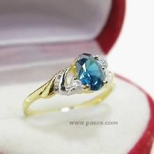 แหวนพลอยสีฟ้า ประดับเพชร แหวนทองแท้