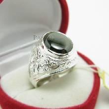 แหวนพลอยผู้ชาย แหวนเงินแท้ฝังพลอย Black star แท้ ด้านข้างแกะสลักลายไทย