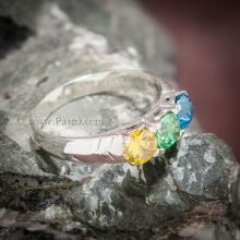แหวนพลอยสามเม็ด แหวนเงินแท้ เขียวมรกต เหลืองบุษราคัม ฟ้าบูลโทพาซ พลอยเม็ดกลม 3เม็ด