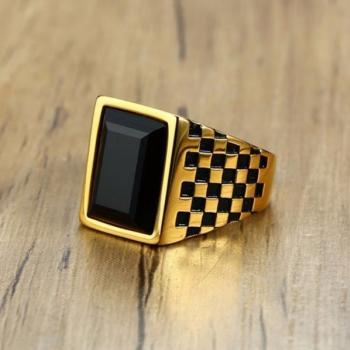 แหวนผู้ชาย พลอยนิล เม็ดสี่เหลี่ยม #3