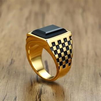 แหวนผู้ชาย พลอยนิล เม็ดสี่เหลี่ยม #4