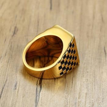 แหวนผู้ชาย พลอยนิล เม็ดสี่เหลี่ยม #2
