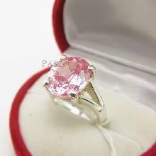แหวนพลอยสีชมพู แหวนโทพาซ เม็ดเดี่ยว แหวนขาแฉก แหวนเงินแท้ 925 พลอยสีชมพู 4กะรัต