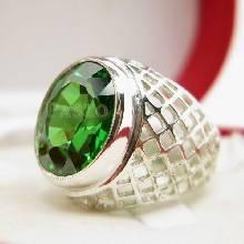 แหวนมรกต พลอยสีเขียว แหวนพลอยผู้ชาย แหวนเงินแท้ แหวนฉลุลายตาข่าย แหวนผู้ชาย