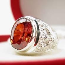 แหวนพลอยโกเมน แหวนครุฑ แหวนผู้ชายเงินแท้ แหวนพลอยผู้ชาย ฝังพลอยสีส้ม แกะสลักลายพญาครุฑ แหวนผู้ชาย