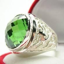 แหวนมังกร แหวนพลอยมรกต แหวนพลอยผู้ชาย แหวนเงินแท้ แหวนพลอยสีเขียว มรกต เจียรตาสับปะรด แหวนสัญลักษณ์มังกร แหวนผู้ชาย