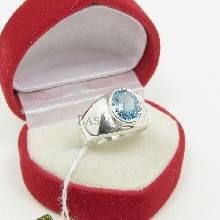 แหวนผู้ชาย พลอยสีฟ้า บลูโทพาซ แหวนเงินแท้ เหมาะสำหรับผู้ชายนิ้วเล็ก